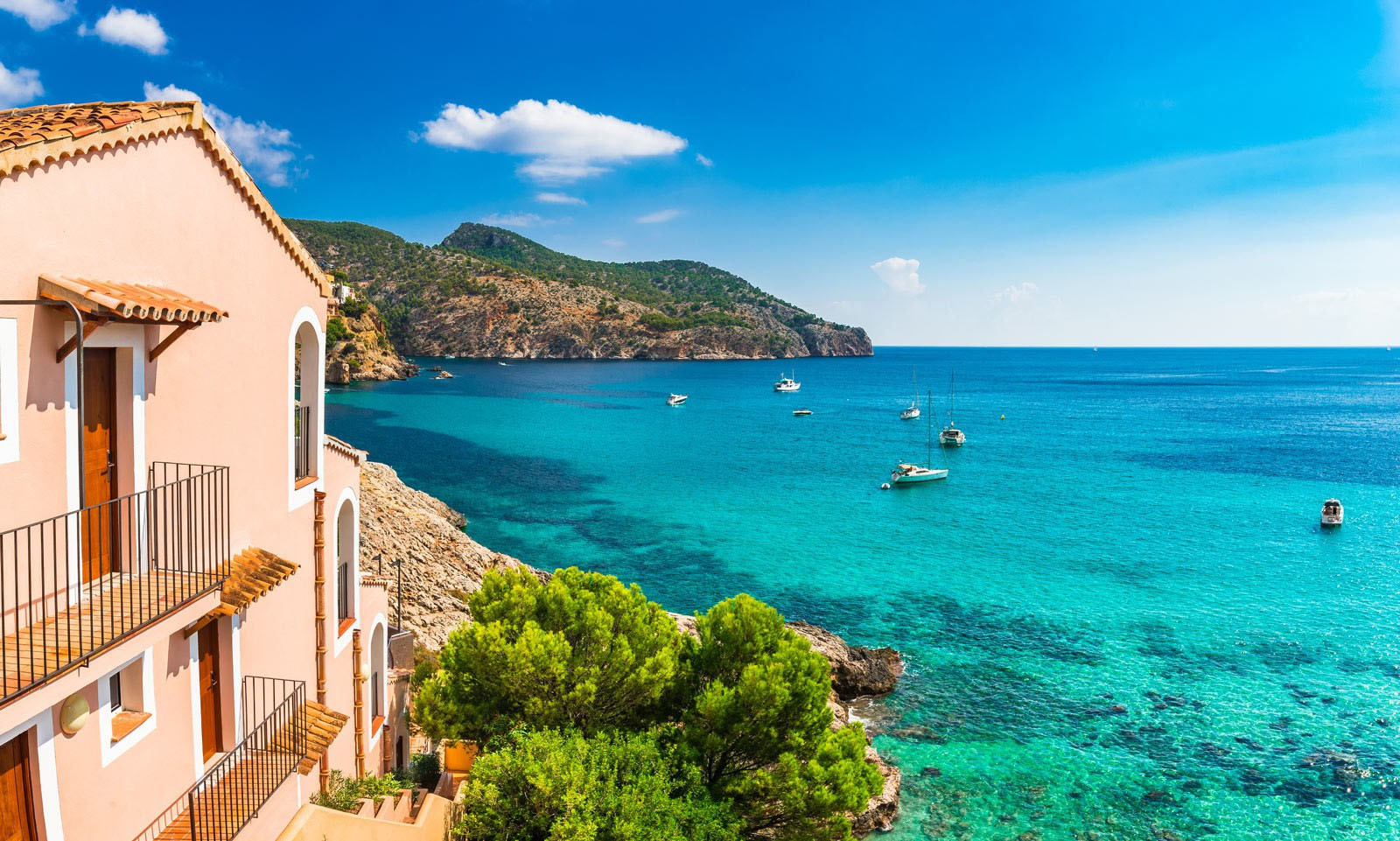 Why are British expats so keen on moving to Spain from UK? Image