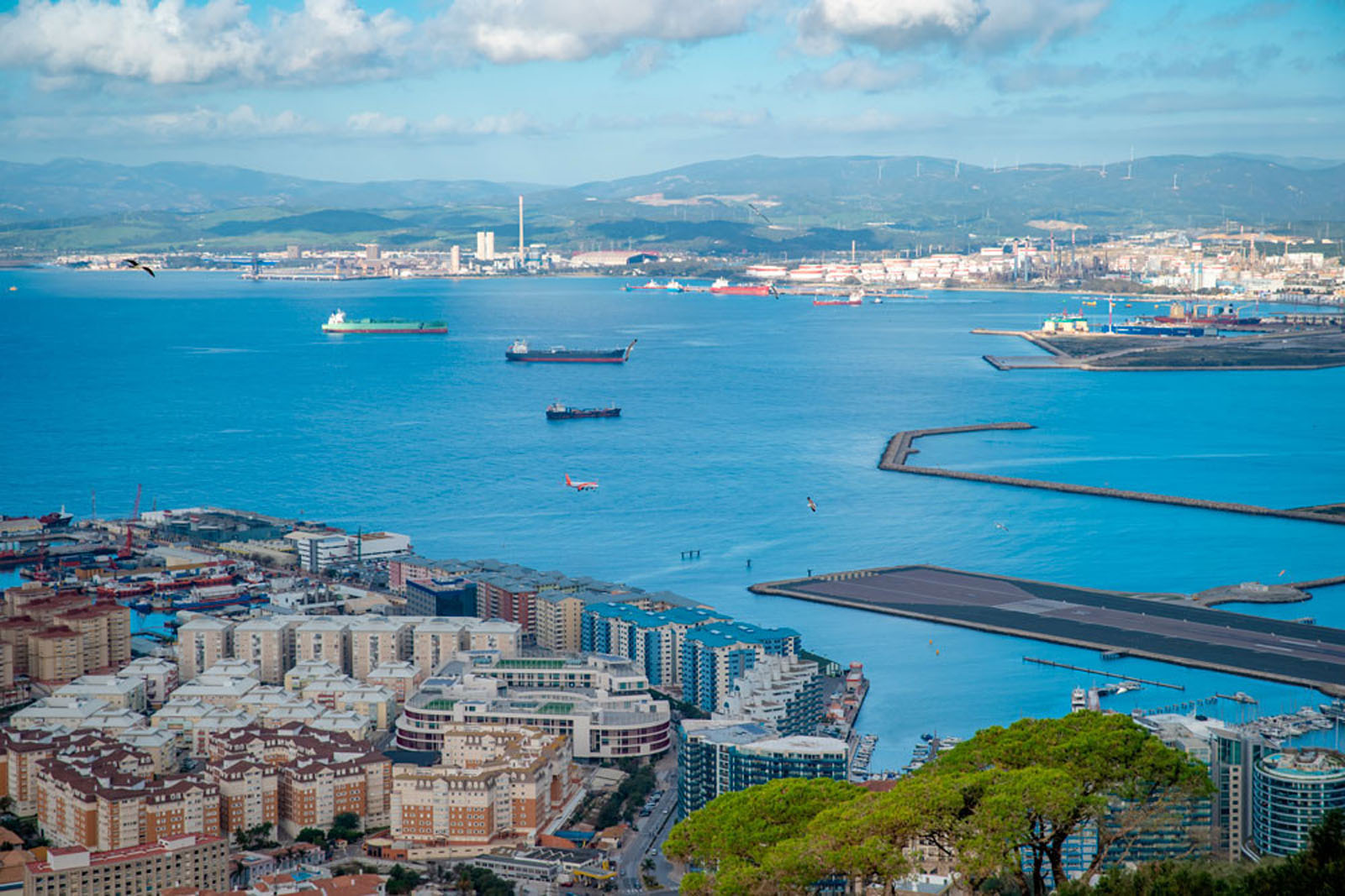 Providing investments and wealth management advice to British expats in Spain Image